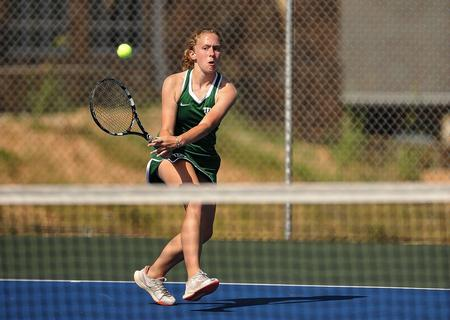 Six straight for middle school tennis after boys, girls cruise past Habersham