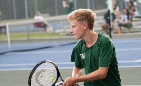 Tennis teams complete undefeated regular season